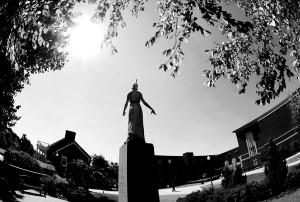 PIC13242 Minerva Statue